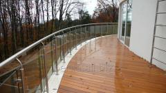Ограждение стеклом крыши, балкона, террасы