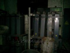 Capacitors for furnace