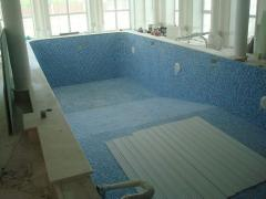 Material for arranging of swimming pools and ponds