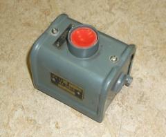 Кнопки КУ-122