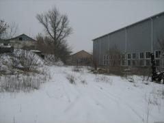 Земля в Василькове, 4-ре здания и 1,3 га земли.