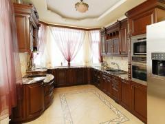 Двери для кухонь из массива дерева Киев