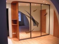 Шкафы-купе зеркальные по индивидуальным заказам