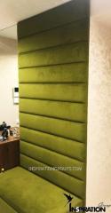 Стеновая панель в прихожую с пуфом