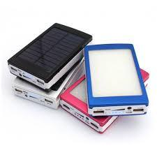 PowerBank на солнечных батареях красного