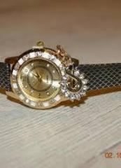 Стильные женские часы Kim Seng с подвеской в виде