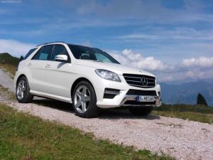 Mercedes-Benz ML(W166)