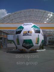 Рекламный надувной шар Футбол 5м