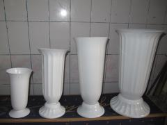 Vases plastic for cut flowers