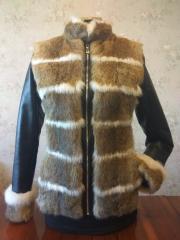 Чёрная женская кожанная куртка с натуральным мехом