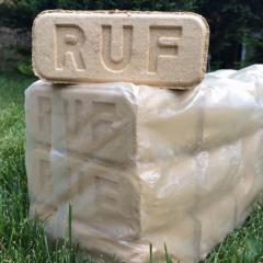 Дубовые брикеты RUF из 100% опилок в термопленке по 10 кг