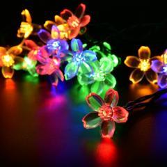 Гирлянды на солнечной батарее в виде милых цветов или стрекоз