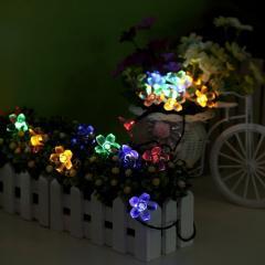 Искусственные цветы из силикона для клумб