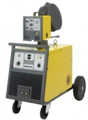 Automatic welding semiautomatic device with the