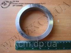 Кільце упорне підшипника ступиці 257-3104082 КрАЗ