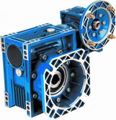 Двухступенчатый червячный мотор-редуктор...