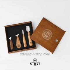 A set of tools in a box of 4 pieces for the...