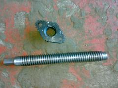 Clamp screw and nut in the inclined part
