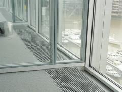 Радиатор встраиваемый в пол (внутрипольный)