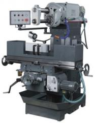 Universal UF100 milling machine
