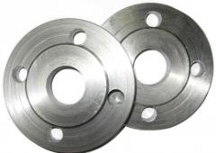 Flanges for the pipeline