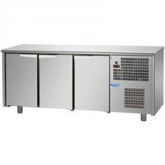 Стол морозильный 3 двери Tecnodom TF03MIDBTAL