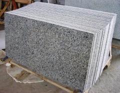 Laatta graniitti Pokostovka lämpökäsitellyn