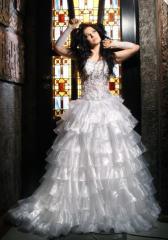 Платья атласные Львов, атласные свадебные платья