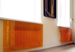 Glass screens for radiators (batteries)