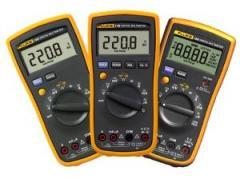 Digital multimeters of Fluke 15B