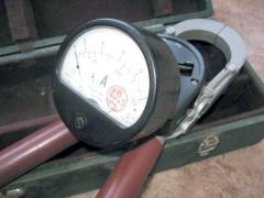 Клещи электроизмерительные Ц 90