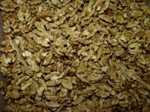 Walnut kernel, walnut kernel mix, Ukraine.