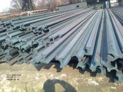 Rails are crane: KR-100 rails.