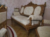 Мебель старинная, продажа-наша компания уже не
