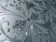 Mirror in a corridor (a facet engraving of a