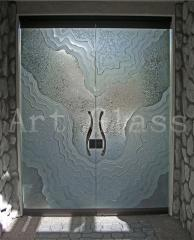 Doors entrance glass various forms and designs, glass dressing (an engraving, a fyyuzing, glass melting, peskostruy on glass)