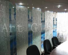 Systems of office partitions from glass -