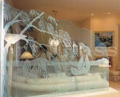 Decorative glass partitions