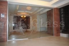 Partitions glass for cafe, restaurants, bars -