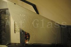 Glass partitions for a bathroom
