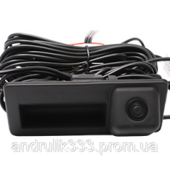 Камера заднего вида Incar VDC-065 на Volkswagen, Audi