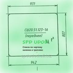 Стекло лобовое Т-16 (942*807)