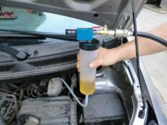 Насос для замены тормозной жидкости