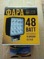 Светодиодная фара квадратная 48W, 16 ламп, широкий