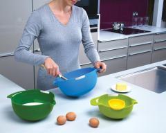 Набор мисок для смешивания и сепаратор для яйца,