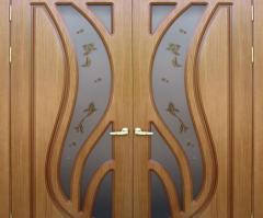 Doors are interroom wooden double-wing