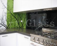 Kitchen aprons from glass, a decor on glass on and