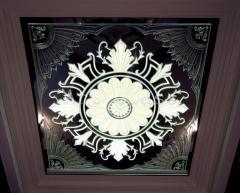 Потолок зеркальный,  зеркальные вставки в...