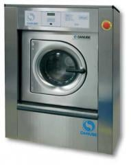 Industrial DANUBE washing machines (France)