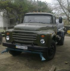 Water-jetting vehicle (ZIL 130)